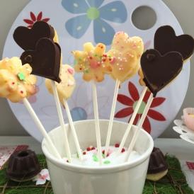 Kuchen im Blumentopf: Mini-Gugl am Stief