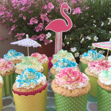 One cocos cupcake a day...