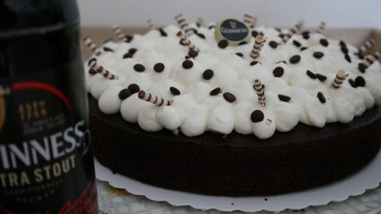 Annibackt Guiness Cake
