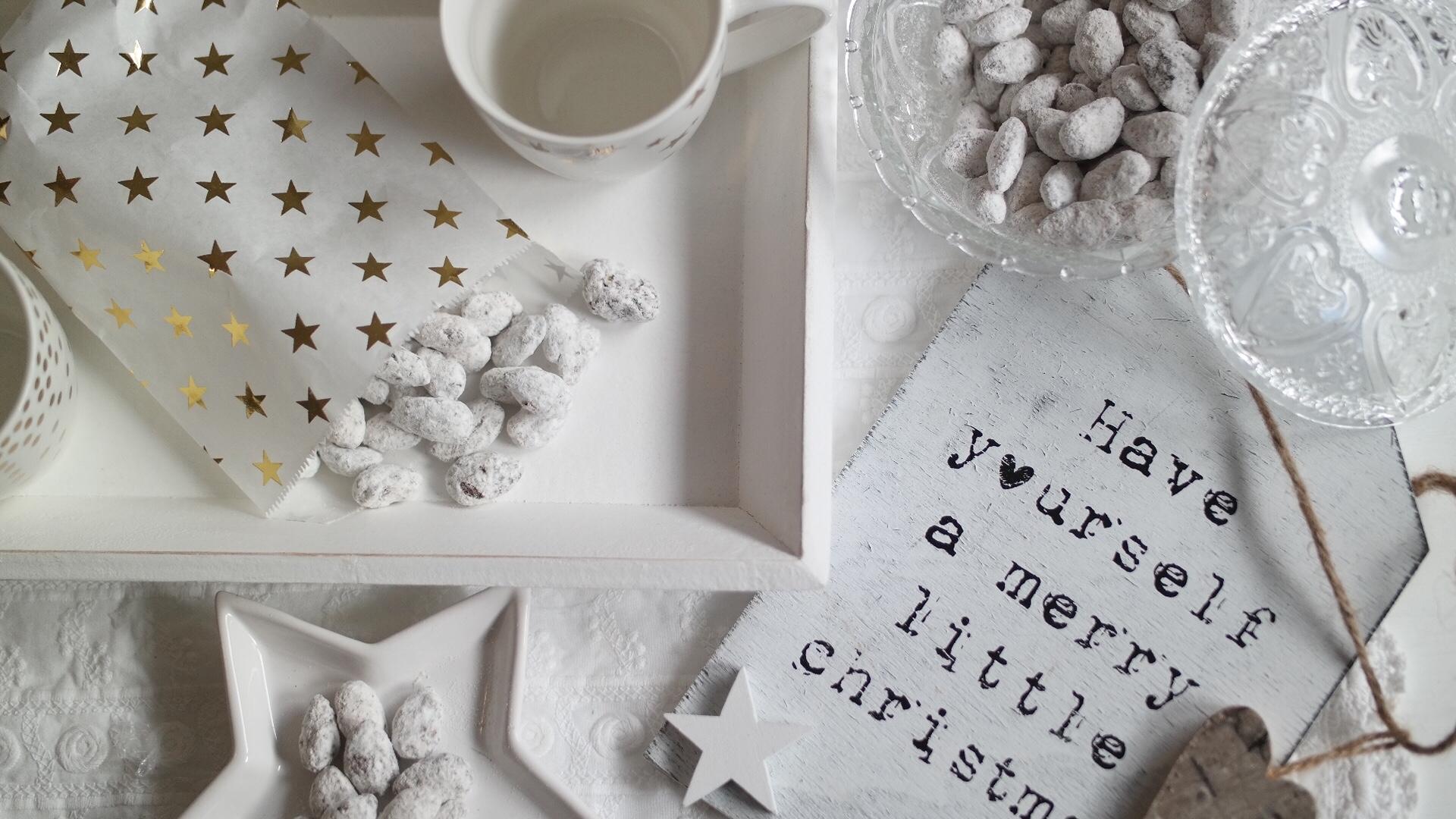 Süße Mandeln mit Schokolade