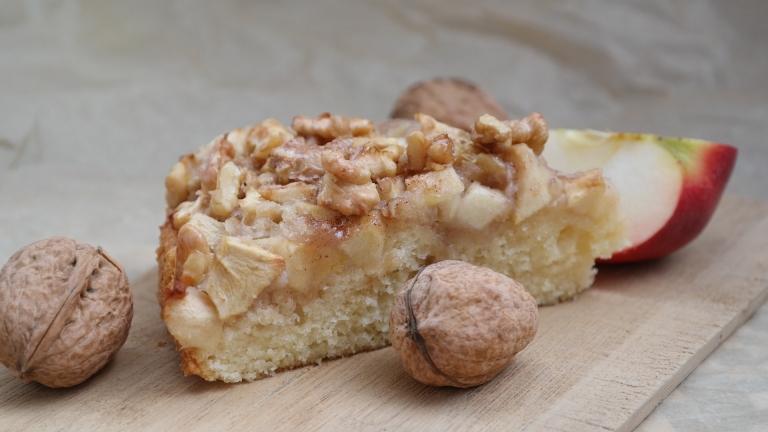 Annibackt Apfel-Walnuss-Kuchen