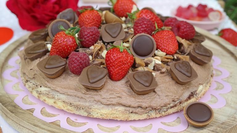 Torte mit Beeren und Toffifees by Annibackt
