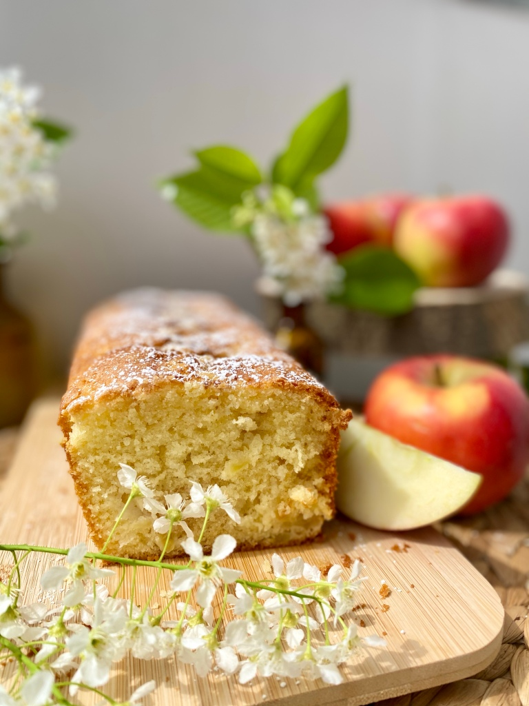 Apfelkuchen angeschnitten
